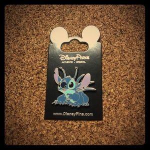 Disney 2009 Alien Stitch Pin NOC